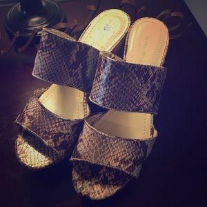 Nine West Snake Skin wedged sandals